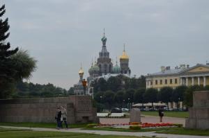 Homenaje al soldado desconocido en San Petesburgo