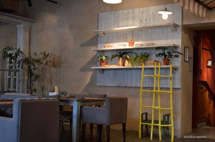 Biblioteka restaurante